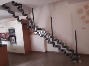 železné schodiště...(příprava)
