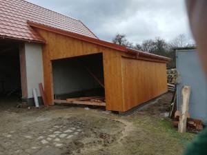 dřevěná garáž + stř krytina Údraž